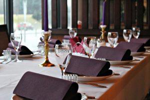 Kavinė Buga, interjeras, banketai, rezervacijos, staliukai, šventėms ir renginiams