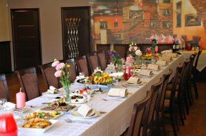 Kavinė Buga banketai, rezervacijos, staliukai, šventėms ir renginiams
